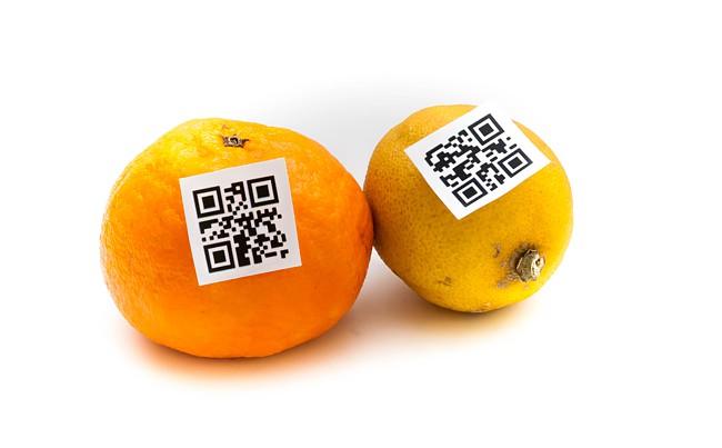 E-Commerce im kleinen Einzelhandel könnte so aussehen: Mit QR-Code gelabeltes Obst